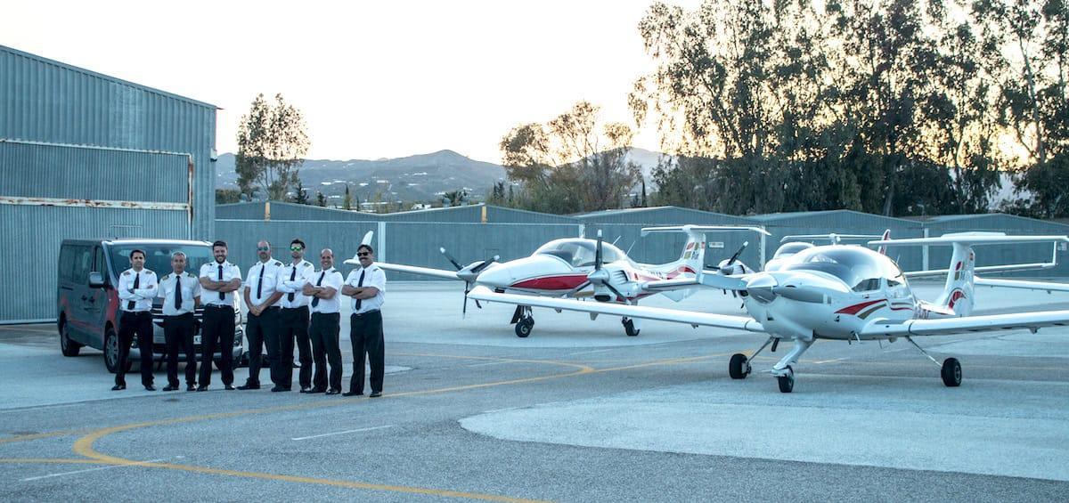 Imagen promocional para empresa de aviación, parte de proyecto de vídeo corporativo profesional.